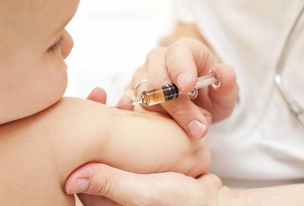 Lorenzin-vaccini-obbligatori-per-legge-scoppia-la-polemica