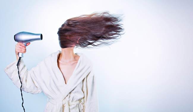 Come far crescere i capelli, suggerimenti e tecniche