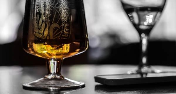 Alcol in Italia si bene di piu e senza controllo