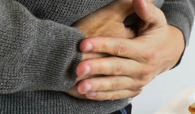 Gonfiore allo stomaco quali frutti sono dannosi