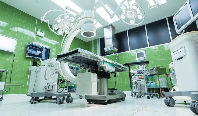 Lussazione della clavicola trovato un medico disposto a operare il giovane Salvatore