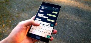 WhatsApp ha deciso di monetizzare con gli annunci