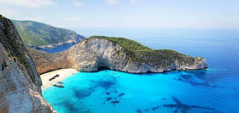 Turismo da lunedi si potra viaggiare verso la Grecia