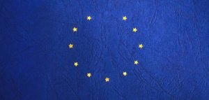 Voucher Unione Europea bacchetta Italia