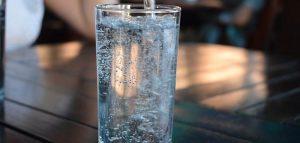 Quanta e quale acqua bisogna bere