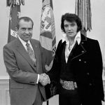 Quella volta che John Lennon conobbe Elvis Presley, che disastro