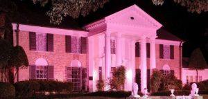 Elvis Presley Graceland tutta rosa per il cancro al seno